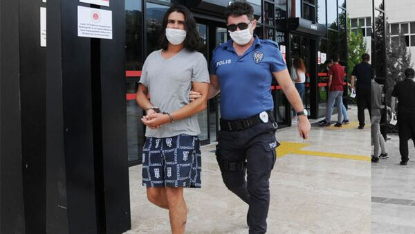 Antalya'da gözaltına alınan adam - Sputnik Türkiye