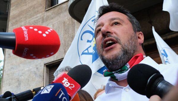 İtalyan Lig partisi lideri Salvini - Sputnik Türkiye
