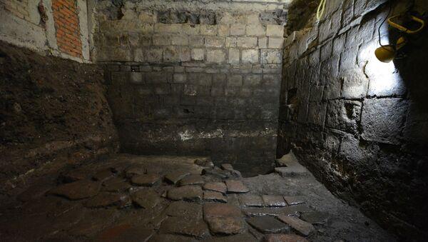 Meksika'da Aztek hükümdarı Axayacatl'a ait olan ve daha sonra İspanyol istilacı Hernan Cortes'in evi haline gelen eski bir sarayın kalıntılarını bulundu. - Sputnik Türkiye