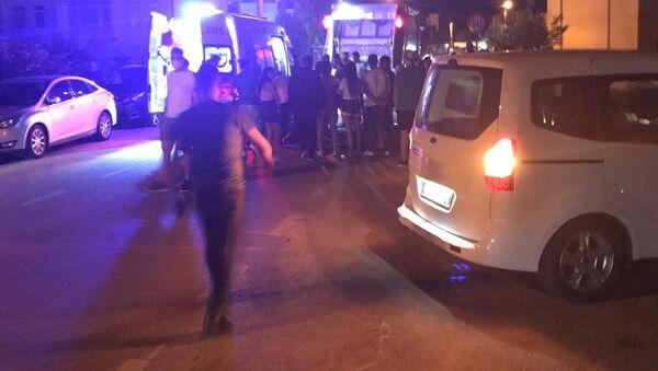 Belediyenin çöp kamyonu saklambaç oynayan çocukları ezdi - Sputnik Türkiye
