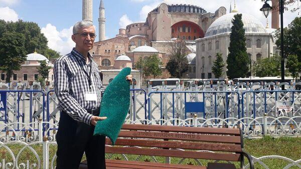 Ayasofya'nın halıları seriliyor - Sputnik Türkiye