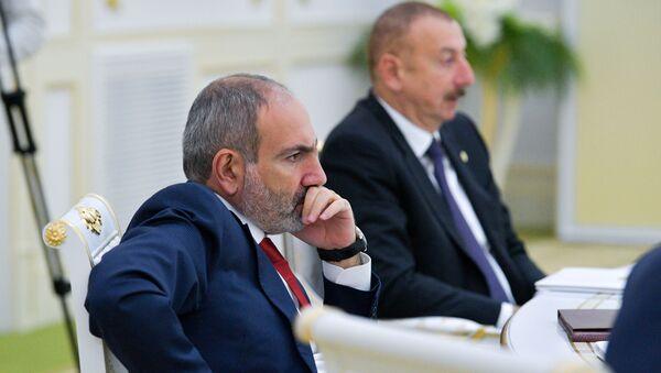 Nikol Paşinyan-İlham Aliyev - Sputnik Türkiye