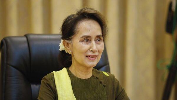 Myanmar Dışişleri Bakanı ve Devlet Başkanlığından Sorumlu Devlet Bakanı Aung San Suu Kyi - Sputnik Türkiye