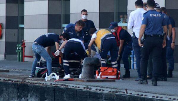 Karaköy açıklarında bir yolcu vapurdan denize düştü - Sputnik Türkiye