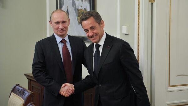 Sarkozy ile Putin - Sputnik Türkiye