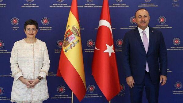 Mevlüt Çavuşoğlu-Arancha Gonzalez Laya - Sputnik Türkiye