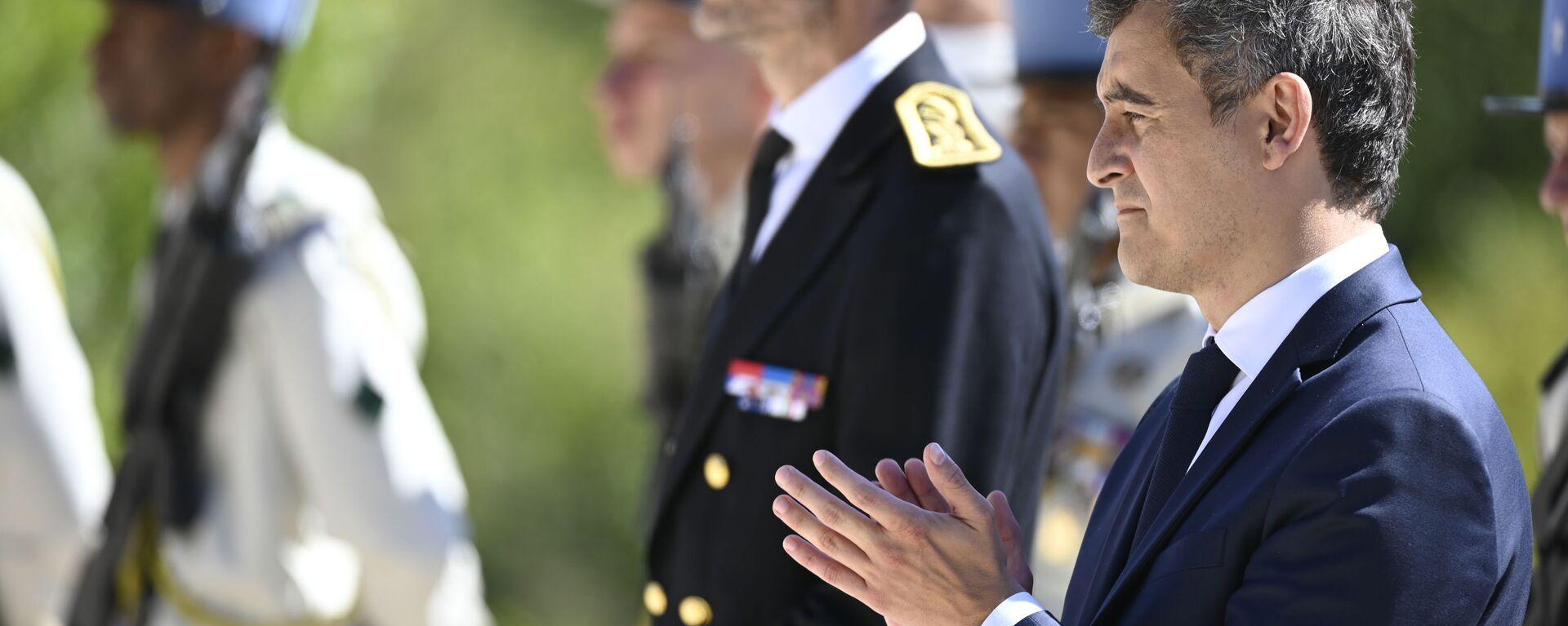 Fransa İçişleri Bakanı Gerald Darmanin, 1. Dünya Savaşı'nda Fransa tarafında savaşırken hayatını kaybeden Müslüman askerleri anmak için Verdun Muharebe Alanı'nı ziyaret etti.  - Sputnik Türkiye, 1920, 12.10.2021