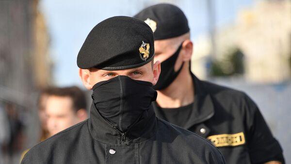 Belarus polisi - Sputnik Türkiye