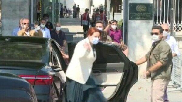 İYİ Parti lideri Meral Akşener, Ayasofya Camisi'ni ziyaret etti. - Sputnik Türkiye
