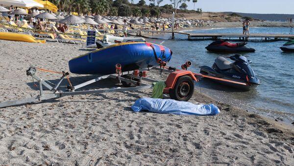 Foça'da batan tekne - Sputnik Türkiye