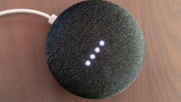 Google Home Mini - Sputnik Türkiye