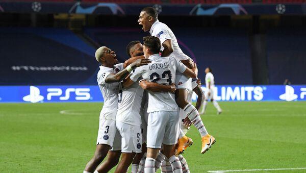 UEFA Şampiyonlar Ligi çeyrek finalinde Atalanta'yı üç dakikada bulduğu gollerle 2-1 yenen Paris Saint-Germain, tur atladı. - Sputnik Türkiye