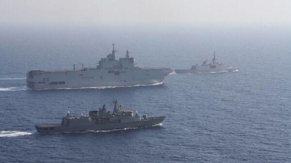 Fransa ve Yunanistan, Doğu Akdeniz'de ortak tatbikat düzenledi. - Sputnik Türkiye