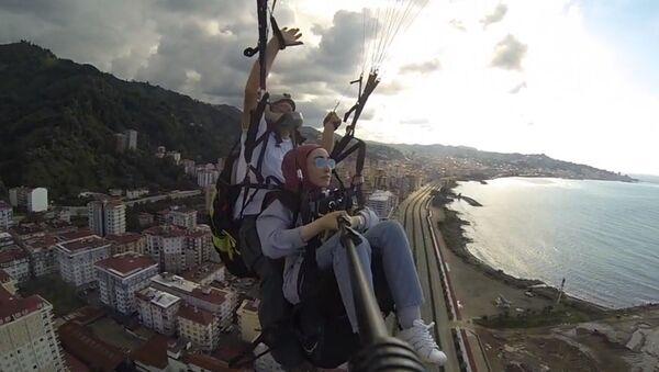 Rize'de yamaç paraşütü  - Sputnik Türkiye