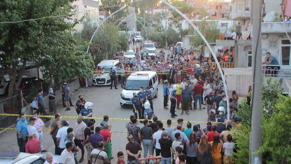 Kızının düğünü için barıştığı eşi tarafından bıçaklanarak öldürüldü - Sputnik Türkiye