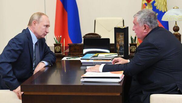 Vladimir Putin, İgor Seçin - Sputnik Türkiye