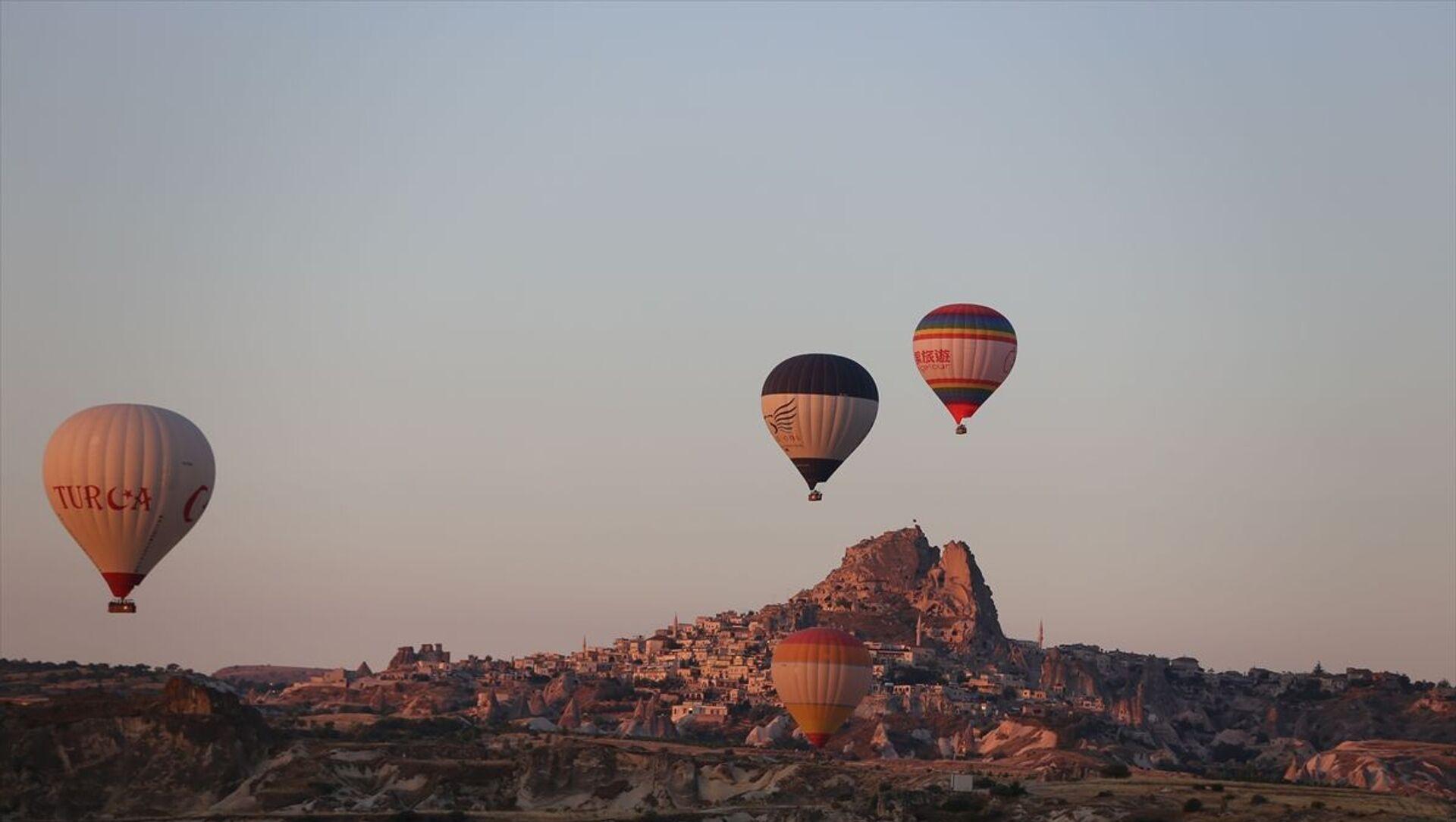 Kapadokya'da balon turları 5 ay sonra yeniden başladı - Sputnik Türkiye, 1920, 21.07.2021