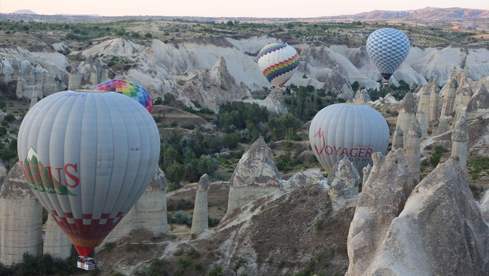 Kapadokya'da balon turları 5 ay sonra yeniden başladı - Sputnik Türkiye, 1920, 05.07.2021