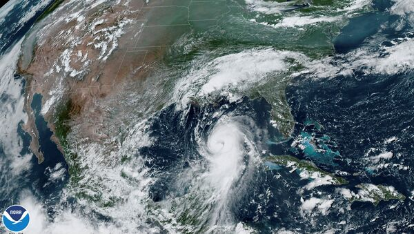 ABD'nin güneyine doğru ilerleyen Laura Kasırgası - Sputnik Türkiye