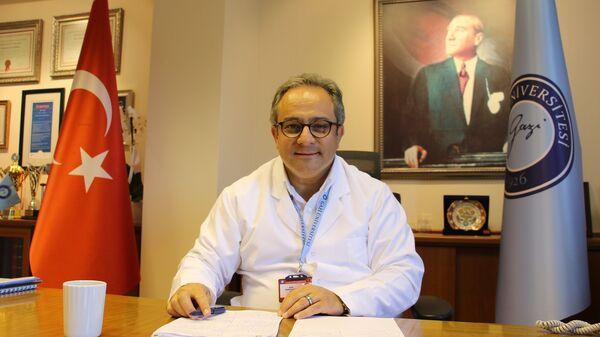 Sağlık Bakanlığı Bilim Kurulu Üyesi Prof. Dr. Mustafa Necmi İlhan - Sputnik Türkiye