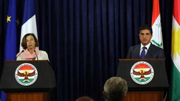 Fransa Savunma Bakanı Florence Parly ve Irak Kürt Bölgesel Yönetimi'nin (IKBY) Başkanı Neçirvan Barzani - Sputnik Türkiye