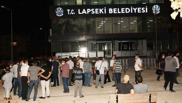 Belediye binasını kurşunlayan kişiden itiraf: Başkanım ben yaptım - Sputnik Türkiye