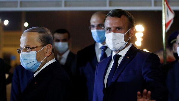 Fransa Cumhurbaşkanı Emmanuel Macron, 4 Ağustos'ta Beyrut Limanı'nda meydana gelen patlamanın ardından ziyaret ettiği Lübnan'ın başkenti Beyrut'a 3 hafta sonra ikinci ziyareti gerçekleştirdi. - Sputnik Türkiye