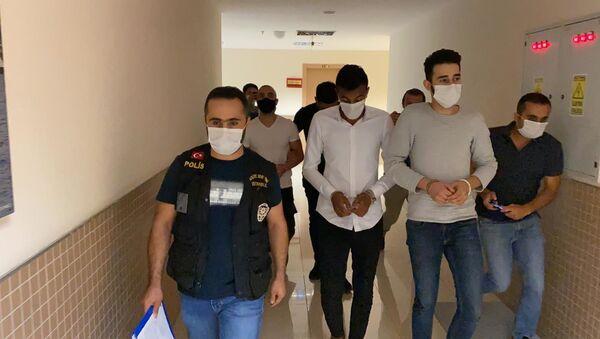 Barış Atay'a saldıranlardan üçü tutuklandı - Sputnik Türkiye