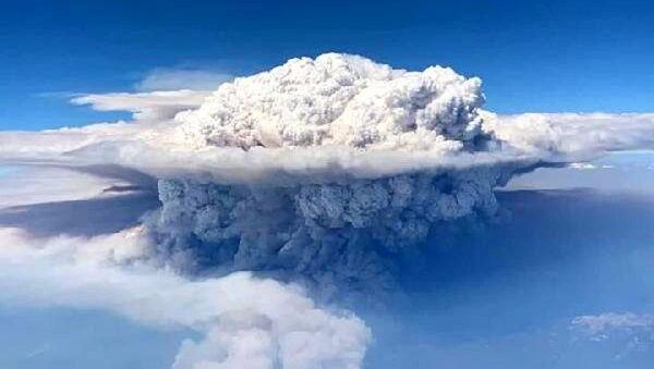 Kaliforniya'daki orman yangını uçaktan böyle görüntülendi - Sputnik Türkiye