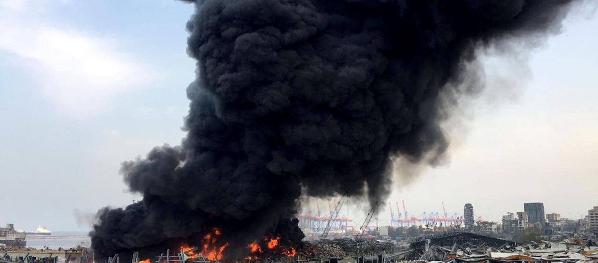 Lübnan'ın başkentinde, Beyrut Limanı'nda yangın, 10 Eylül 2020 - Sputnik Türkiye, 1920, 02.07.2021