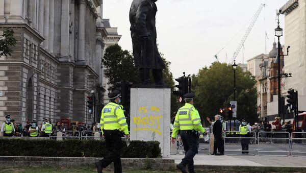 İngiltere, Winston Churchill heykeli - Sputnik Türkiye