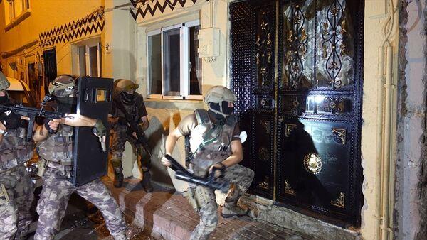 Bursa'da uyuşturucu satıcılarına şafak operasyonu - Sputnik Türkiye