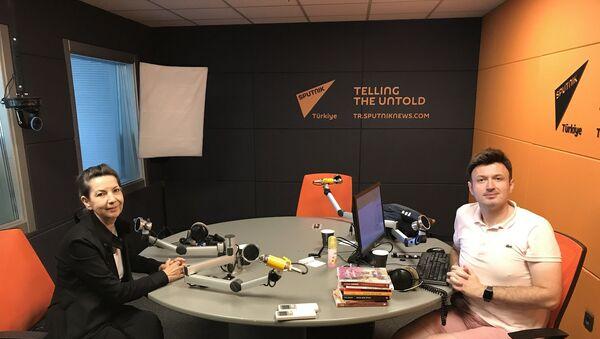Meliha Akay-Serhat Sarısözen - Sputnik Türkiye