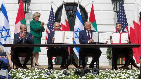 Beyaz Saray'da İsrail-BAE-Bahreyn normalleşme anlaşmaları imzalandı - Sputnik Türkiye