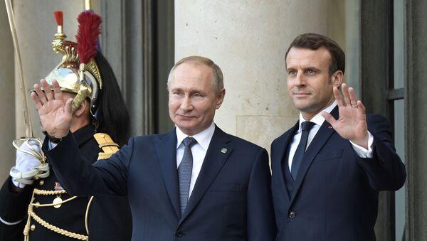 Vladimir Putin, Emmanuel Macron - Sputnik Türkiye