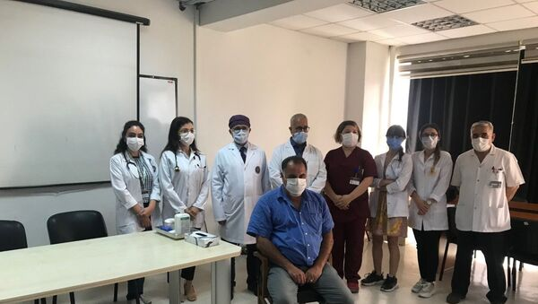 Cerrahpaşa'da ilk gönüllü aşılama  - Sputnik Türkiye