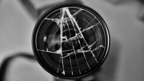 kırık fotoğraf makinesi filtresi - Sputnik Türkiye