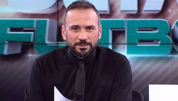 Beyaz TV Spor Müdürü ve Beyaz Futbol ile Derin Futbol programlarının sunucusuErtem Şener,Beyaz TV'den ayrıldığını duyurdu. - Sputnik Türkiye