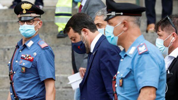 İtalya'daki aşırı sağcı Lig Partisinin lideri ve eski İçişleri Bakanı Matteo Salvini - Sputnik Türkiye