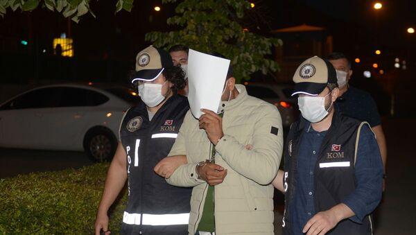 Eskişehir'de kılık değiştirerek başkalarının yerine sınava giren 8 şüpheli yakalandı - Sputnik Türkiye