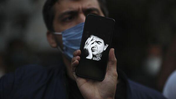 Eserleriyle İran'ın simgelerinden biri olarak dünyaca tanınan ses sanatçısı Muhammed Rıza Şeceryan hayatını kaybetti. - Sputnik Türkiye