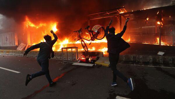 Endonezya'da protesto gösterileri - Sputnik Türkiye