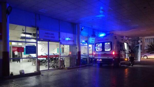 İzmir'de sahte içki nedeniyle 11 kişi hayatını kaybetti - Sputnik Türkiye
