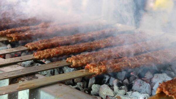 Urfa kebabı, kebap - Sputnik Türkiye