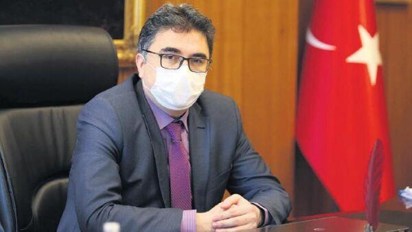 İstanbul Üniversitesi Tıp Fakültesi Dekanı Prof. Dr. Tufan Tükek - Sputnik Türkiye