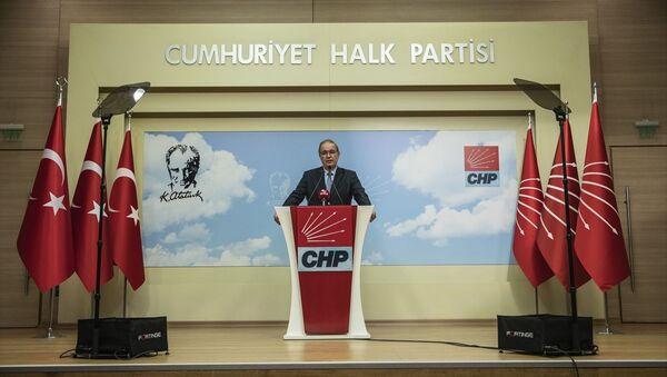 Faik Öztrak - Sputnik Türkiye