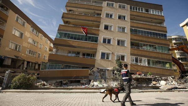 İzmir'deki deprem - Sputnik Türkiye