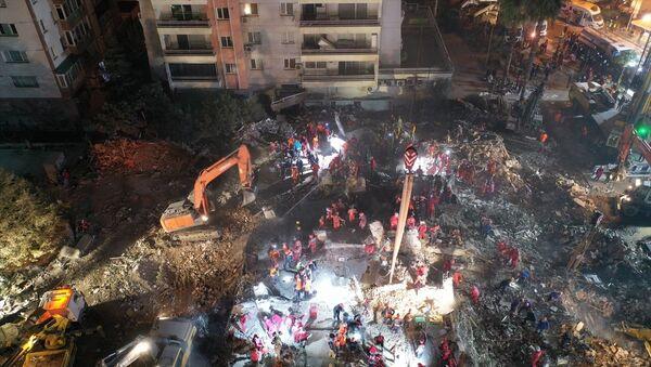 İzmir deprem - Sputnik Türkiye