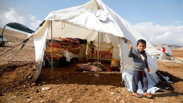 İsrail'in aile evlerini yıktığı Ürdün Valisi'nin kuzeyindekiHammisa Bedevi Topluluğu'ndan çocuklar - Sputnik Türkiye