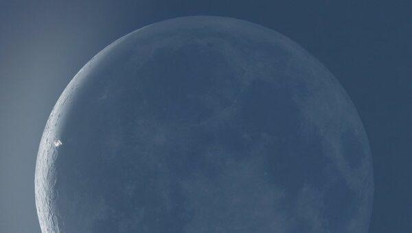 Uluslararası Uzay İstasyonu, Ay'ın önünde - Sputnik Türkiye